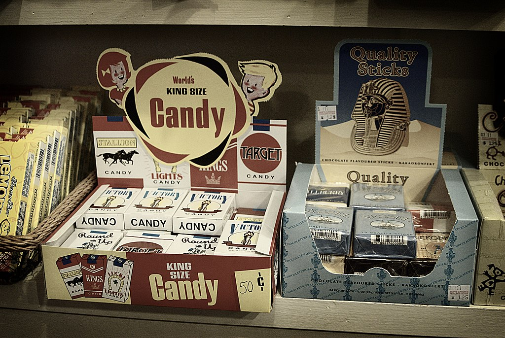 Waarom in de Sinterklaastijd chocoladesigaretten niet meer mogen