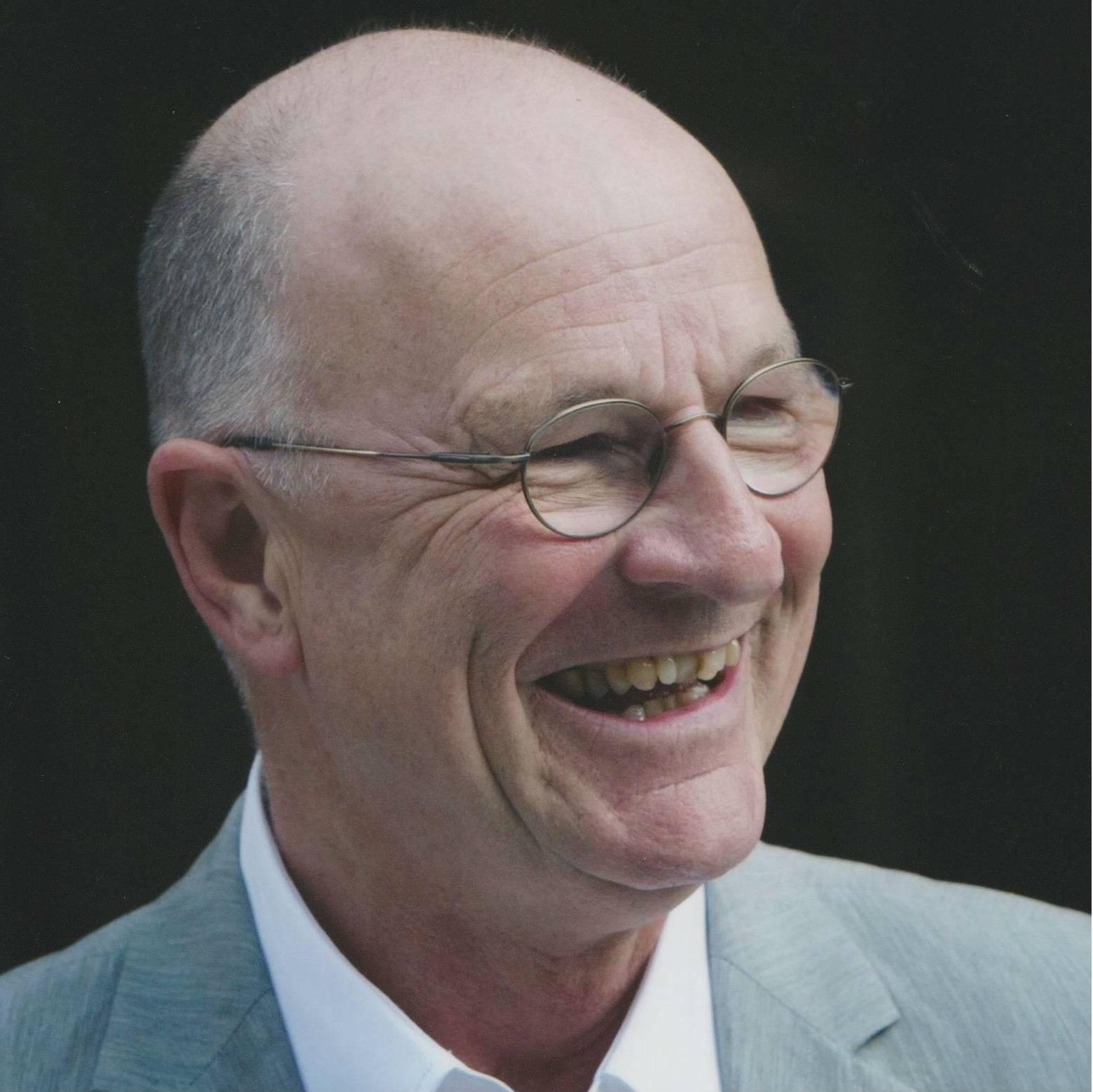 Oud-presentator Kees Driehuis overleden