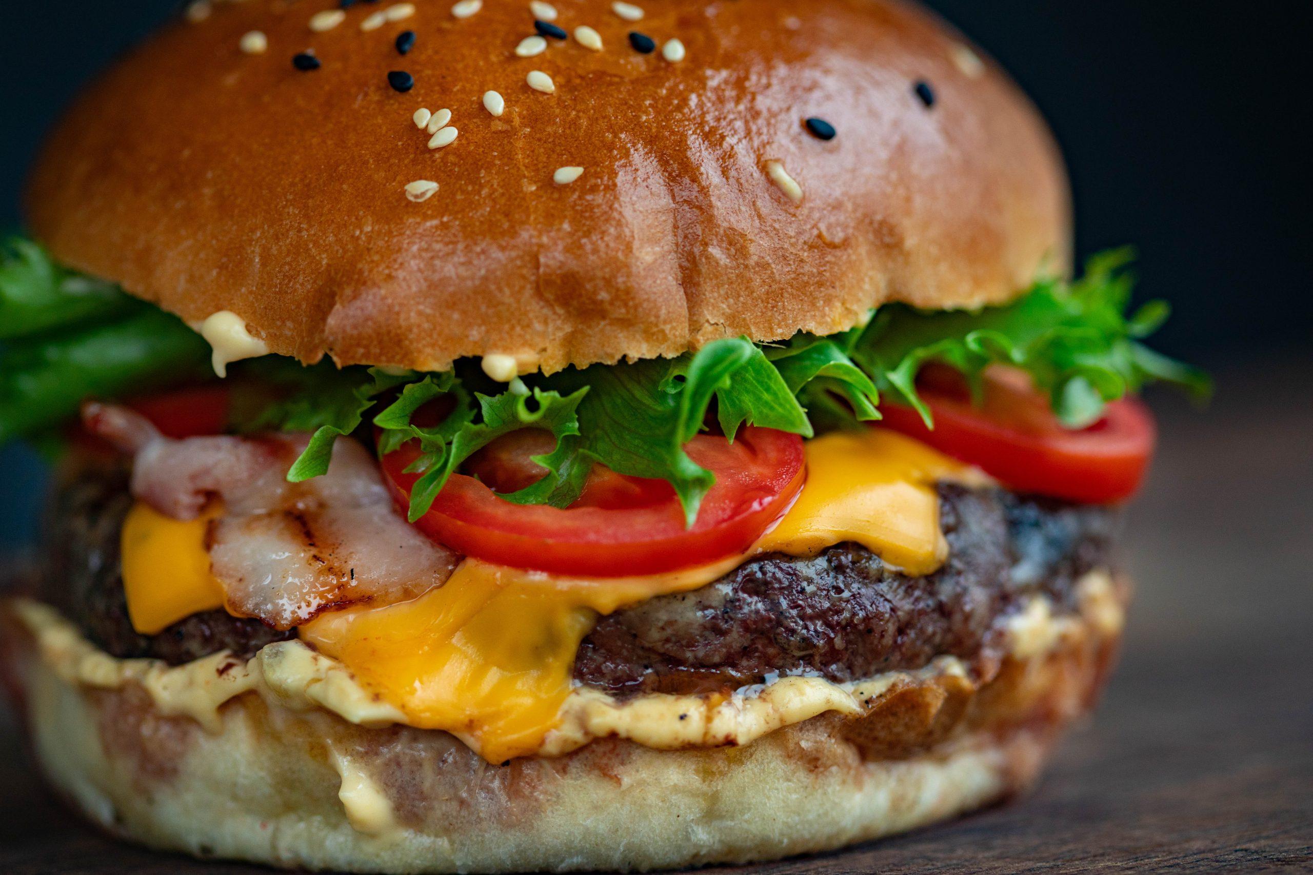 Vandaag maak jij de ultieme hamburger! Mét of zonder vlees